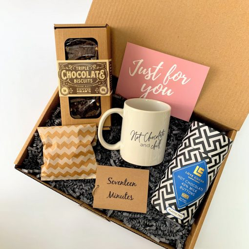 HOT CHOCOLATE BOX-[best_gifts_for_her]-[gifts_for_her]-[hot_chocolate_gift_box]-Seventeen Minutes