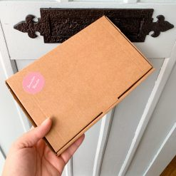 THE LITTLE HUG IN A BOX-[best_gifts_for_women]-[gifts_for_her]-[letterbox_gifts_for_her]-Seventeen Minutes