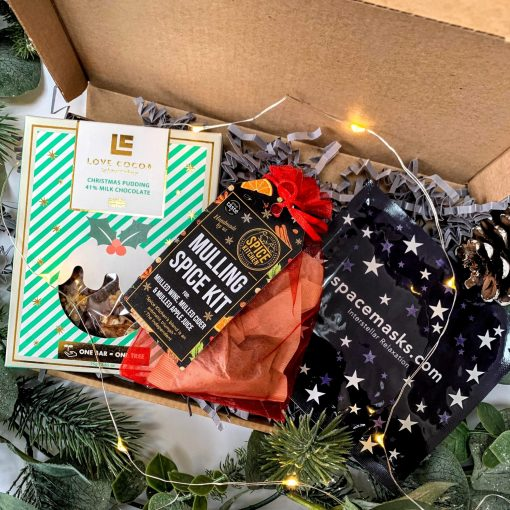 THE LITTLE CHRISTMAS BOX-[best_christmas_gifts_for_women]-[christmas_gifts_for_her]-[christmas_gifts_for_women]-Seventeen Minutes